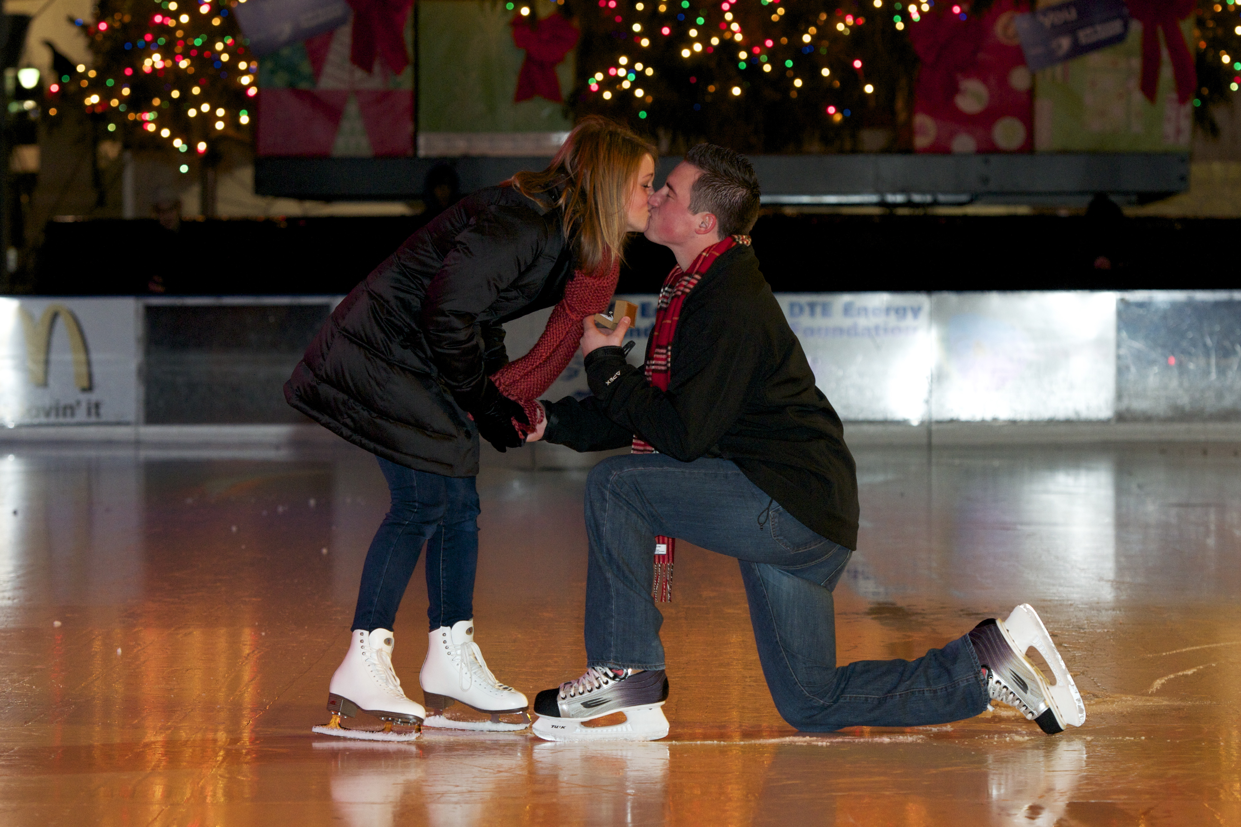 ice skating marriage proposal at Campus Martius Detroit
